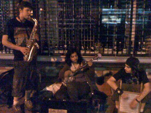 sidewalk musicians
